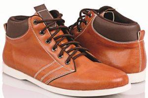 4 Tips Perawatan Sepatu Kulit Sintetis