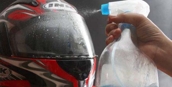 cara cuci helm yang busanya tidak bisa di lepas
