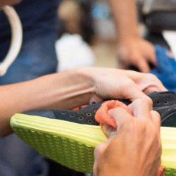 Pembuatan Cairan Pembersih Sepatu